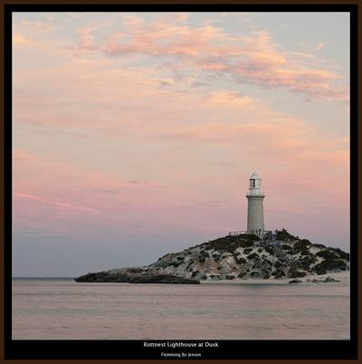 rottnest-lighthouse-dusk