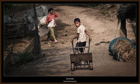 cambodia-curious boy