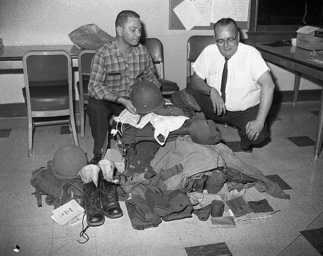 Gangster, policeman & guns Vintage stocklist
