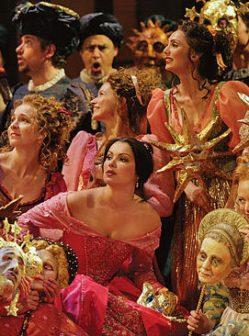 Gounod's Romeo and Juliet, roles to be heard and seen