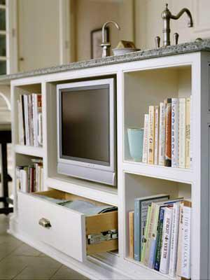 A month by month plan to get your home storage organized: February is for kitchen organization