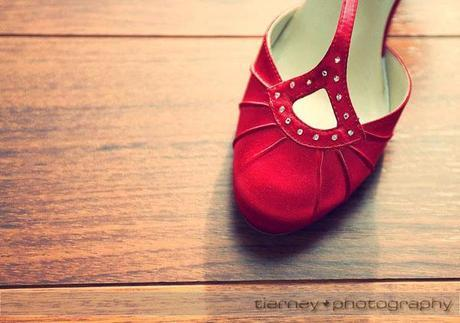 Gorgeous red shoes for the bride!