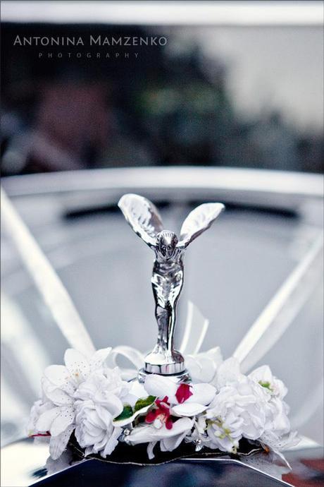 Vintage Rolls Royce - nice!