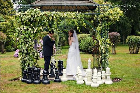 A quick game of chess at this St Augustine's Priory wedding