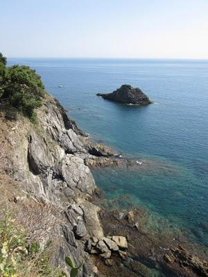 Not to miss - the gorgeous rocky coast of Italy's Cinque Terre