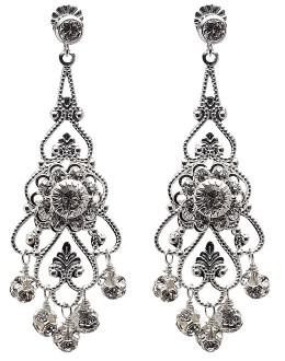 No. 8: Readers – Earrings: I need your opinions!