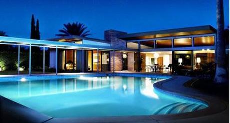 Desert Chic = Modernism Week