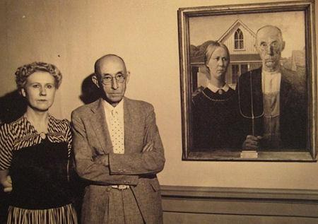 The Models Who Were Used In 'American Gothic' Standing By The Painting