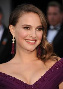 natalie portman1 214x300Fab Find Friday: 1928s Red Carpet Looks for Less