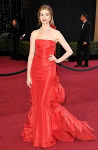 anne hathaway 2 197x300Red Hot, Red Carpet Fashion!