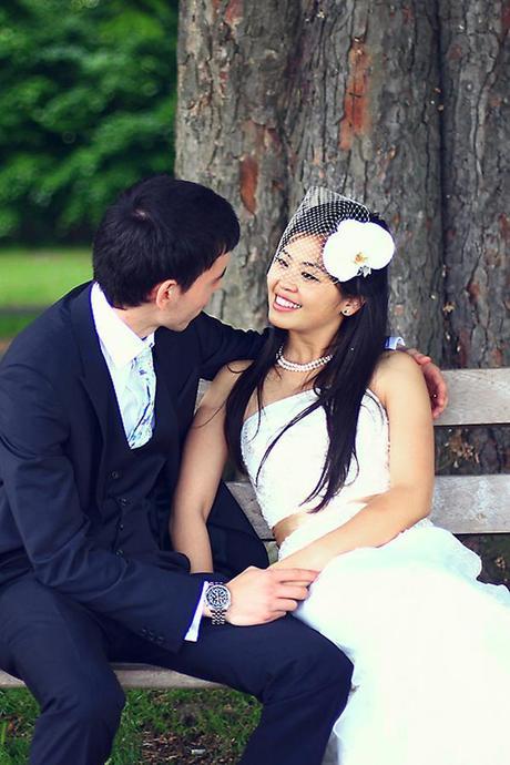 Romantic photo on a park bench