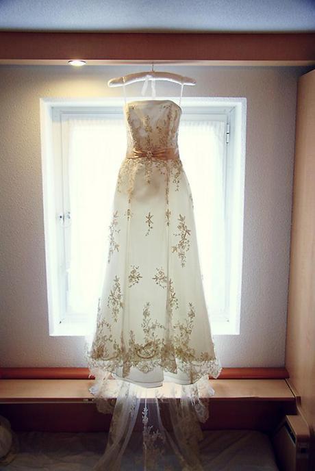 Viv's beautiful wedding dress