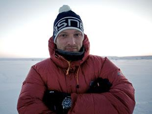 North Pole 2011: It's Hurry Up And Wait For Ben Saunders!