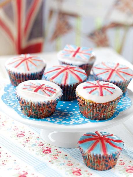 Royal wedding celebration cupcakes from Baking Mad