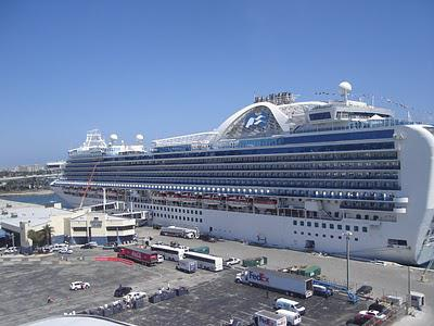 Fort Lauderdale - possibly the largest gathering of cruise ships in the world