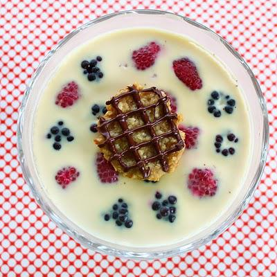 Daring Bakers - Panna Cotta and Florentine Cookies