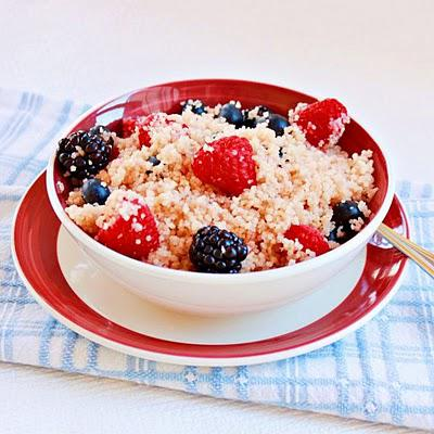 Couscous and berries salad