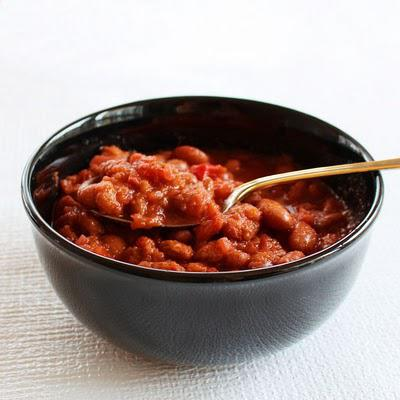 Roman beans and beetroot soup
