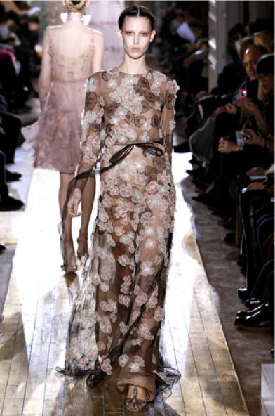 Valentino-spring-2011-haute-couture1
