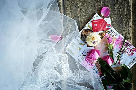 wedding blogs vs magazines in the uk veil cupcake credit card