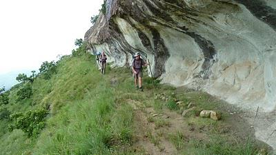 Vaalribbokkop Cave and Zulu Cave - A 3 day hike in the Monk's Cowl area - January 2011