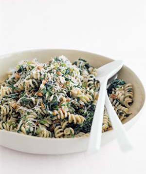 Fusilli with Spinach, Ricotta and Raisins