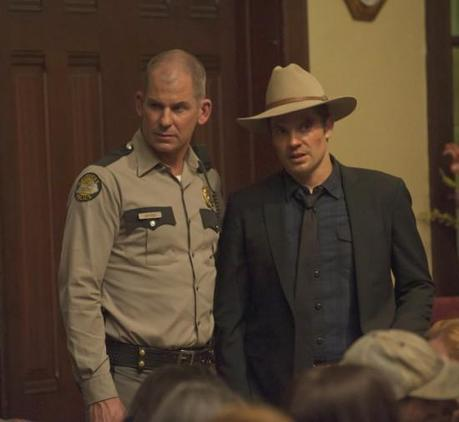 "Review #2429: Justified 2.8: ""The Spoil"""