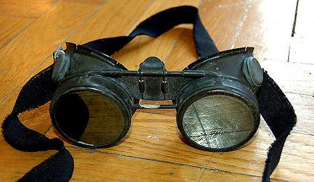 Thirteen Astonishing Pairs Of Steampunk Goggles