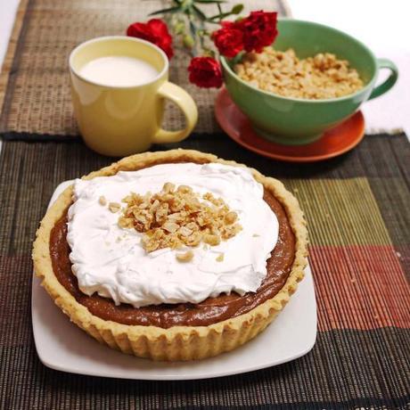 Butterscotch Praline Cream Pie