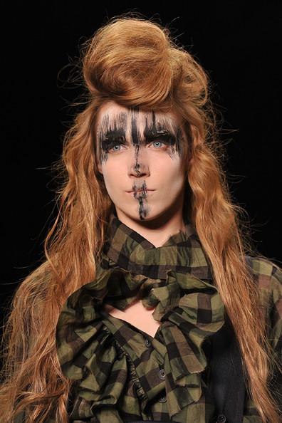 Vivienne+Westwood+ Paris Fashion Week A/W 2011 Beauty Roundup