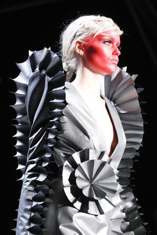 VR Paris Fashion Week A/W 2011 Beauty Roundup