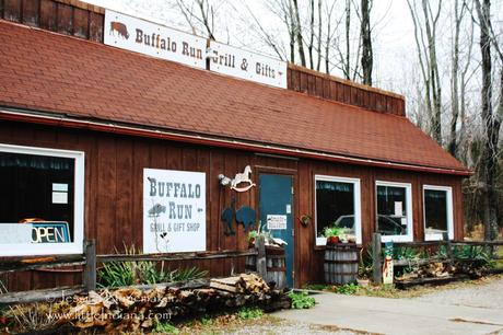 Lincoln City, Indiana Buffalo Run Farm Grill Gifts
