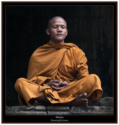 cambodia-meditate-purt