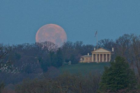 Awesome Supermoon Photo