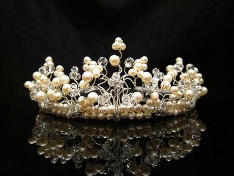 Gardenia tiara from Tiararama's spring collection