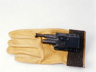 The Glove Pistol