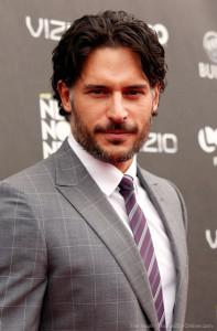 Joe Manganiello and he reveals a pinch of Season 4′s Alcide