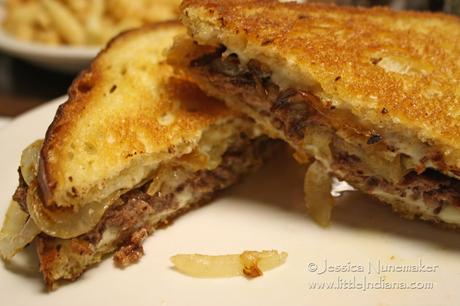 Lynn's Restaurant in Roann, Indiana: Perfect Patty Melt