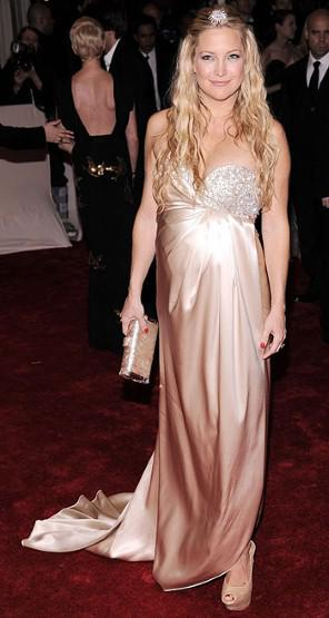 Kate Hudson at 2011 Met Gala
