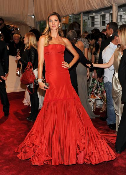 Gisele Bundchen at 2011 Met Gala