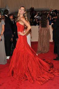 gisele mcqueen 199x300Top 11 Looks from the 2011 Met Costume Institute Gala