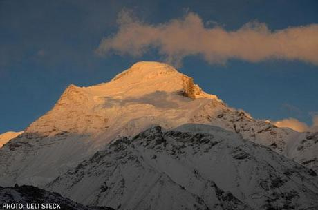 Himalaya 2011: Ueli Check In From Cho Oyu, Ready For Summit Bid