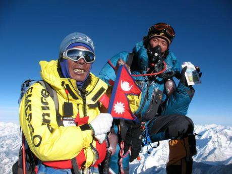 Himalaya 2011: It's On!! Ropes Fixed To Summit Of Everest!