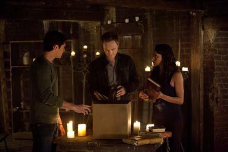 """Review #2502: The Vampire Diaries 2.21: """"The Sun Also Rises"""""""