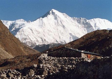 Himalaya 2011: Ueli and Don Summit Cho Oyu!