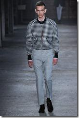 Alexander McQueen Menswear Spring Summer 2012 Collection Photo 2