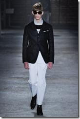 Alexander McQueen Menswear Spring Summer 2012 Collection Photo 3