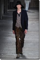 Alexander McQueen Menswear Spring Summer 2012 Collection Photo 28