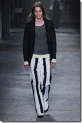 Alexander McQueen Menswear Spring Summer 2012 Collection Photo 6