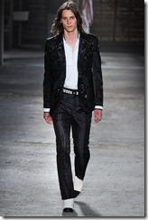 Alexander McQueen Menswear Spring Summer 2012 Collection Photo 32